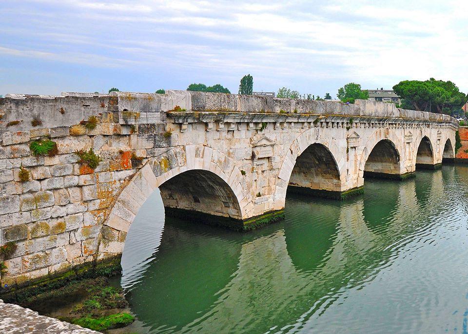 Ponte di Tiberio (Rimini)