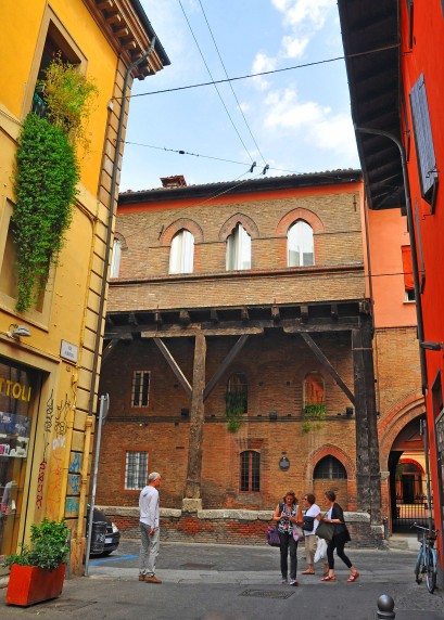Palazzo Grassi , Via Marsala