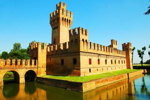 Castello dei Manzoli
