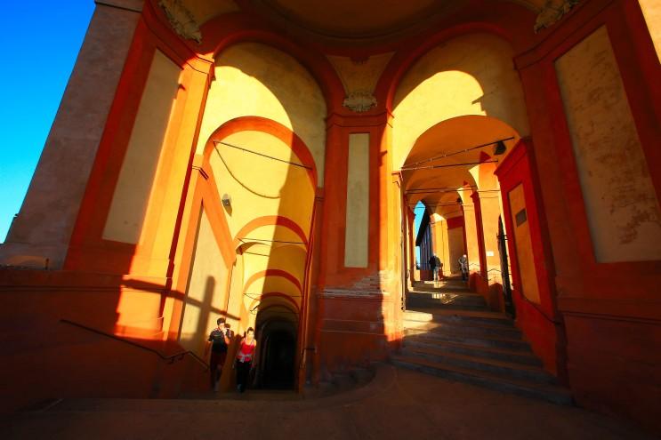 Gli ultimi gradini prima di entrare nel santuario.