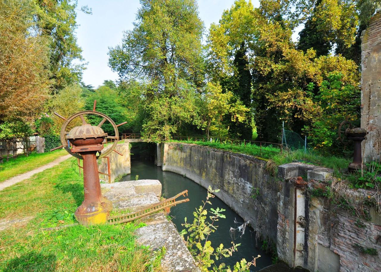 Canale Navile, Sostegno di Corticella