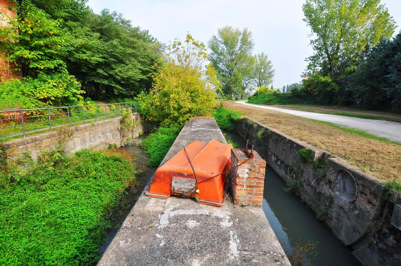 Canale Navile, Sostegno Grassi