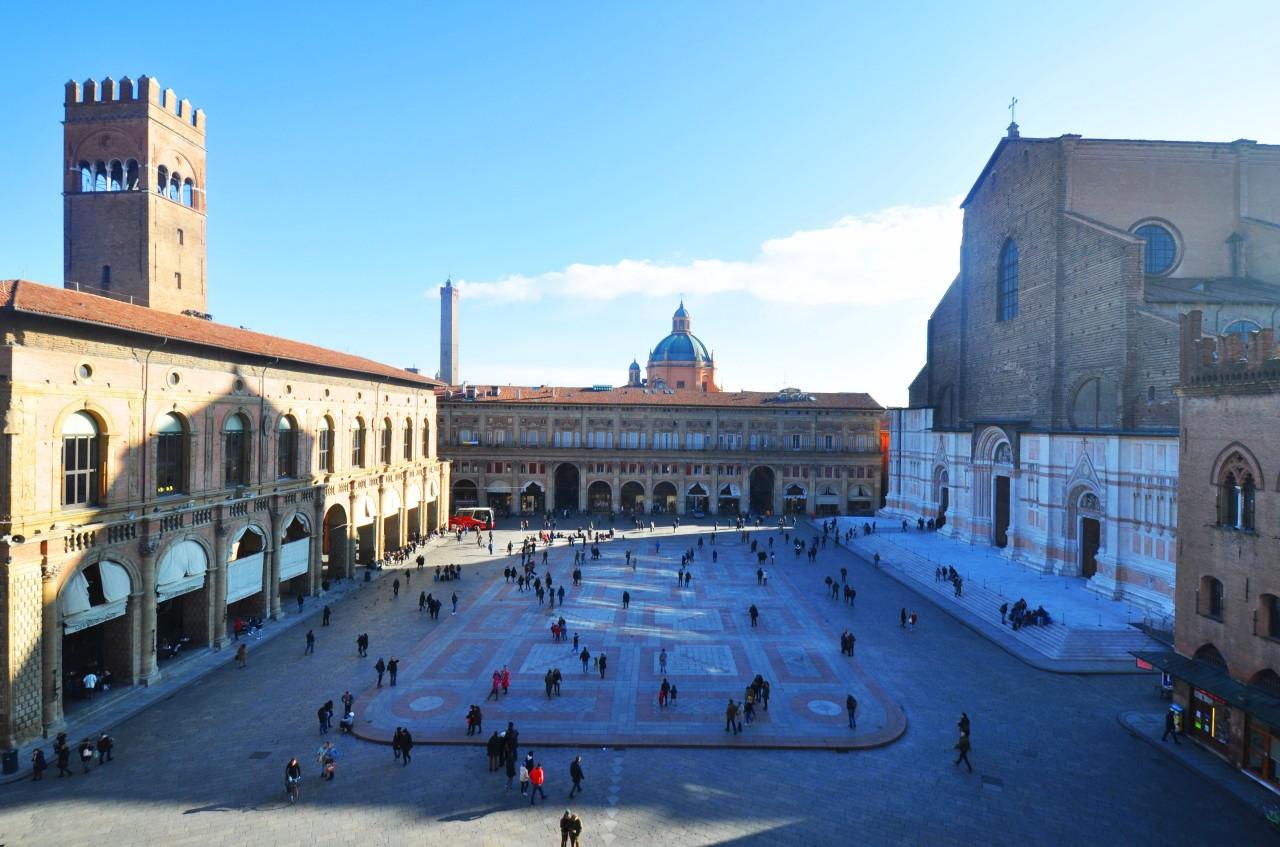 Bologna centro storico – Itinerario attorno a PiazzaMaggiore