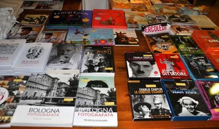 Libri in vendita sul cinema e su Bologna