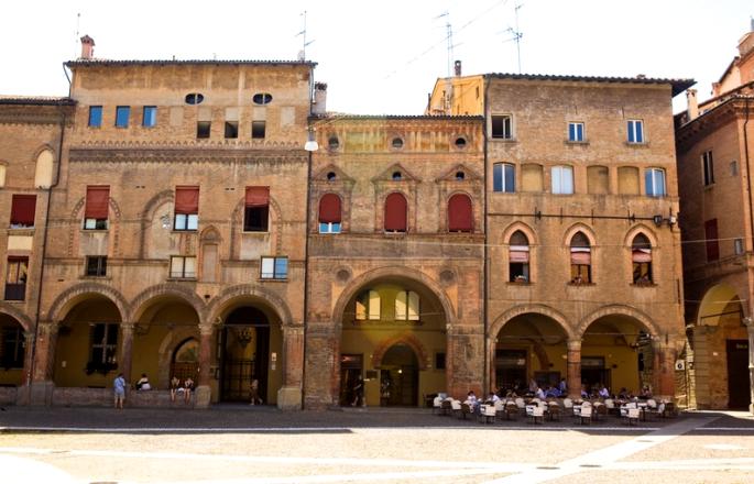 Piazza Santo Stefano, 15