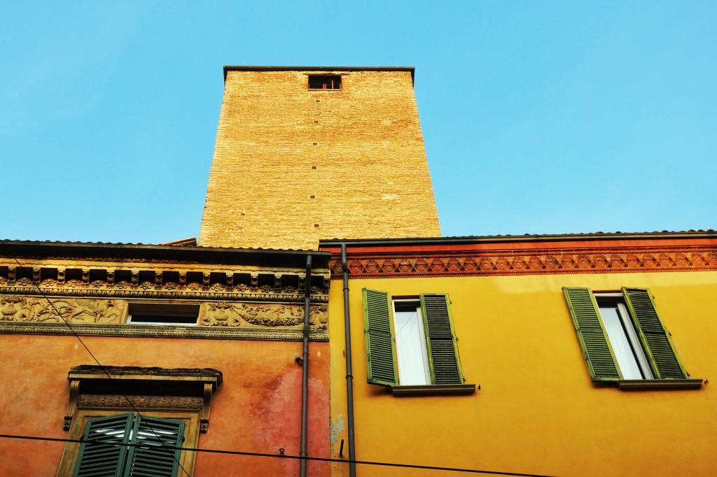 Torre Oseletti, Str. Maggiore 36