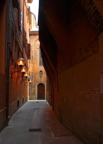 Tratto non più accessibile tra Galleria Acquaderni e via Oberdan.