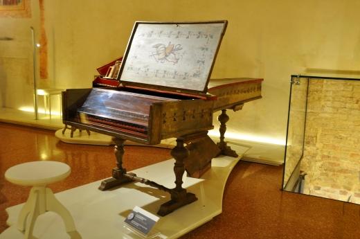 Clavicembalo-pianoforte (Giovanni Ferrini, 1746)