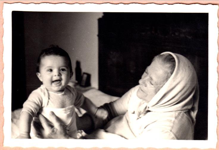 STEFI piccola e nonna Tina-Adele
