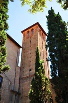 Campanile del XIII sec. sopraelevato nell'Ottocento