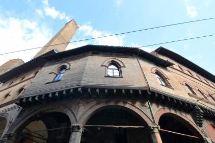 Casa Reggiani - Piazza Porta Ravegnana